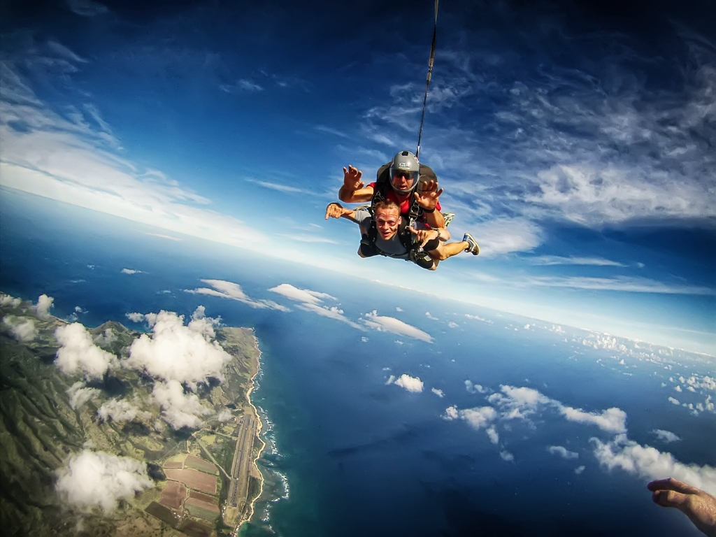 Tandem Skydiving Tennessee